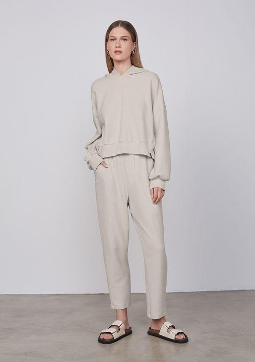 Blusão Feminino Com Capuz Textura Canelada - Off White